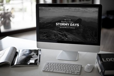 Stormy Day – One Page Blog WordPress Theme